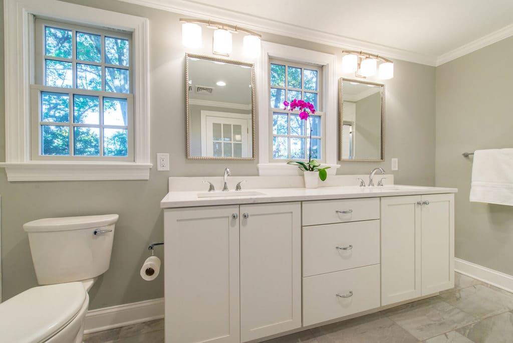 New Jersey White Bathroom